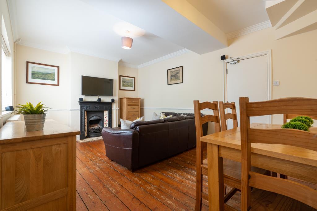 53 Purley Road -bedroom