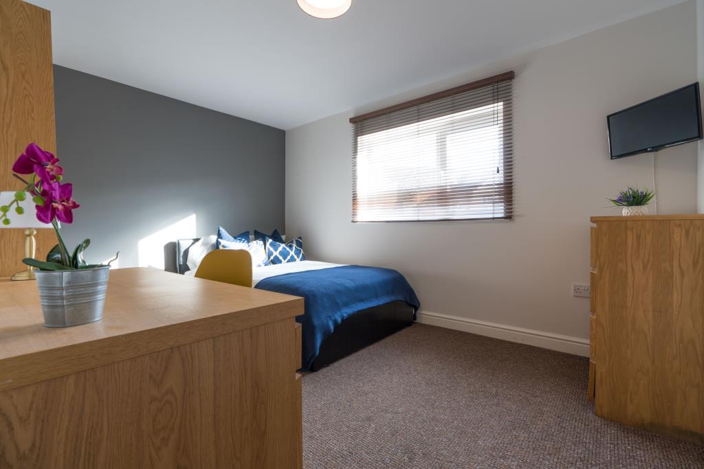 Flat 2, 28 Glynrhondda Street, Cardiff