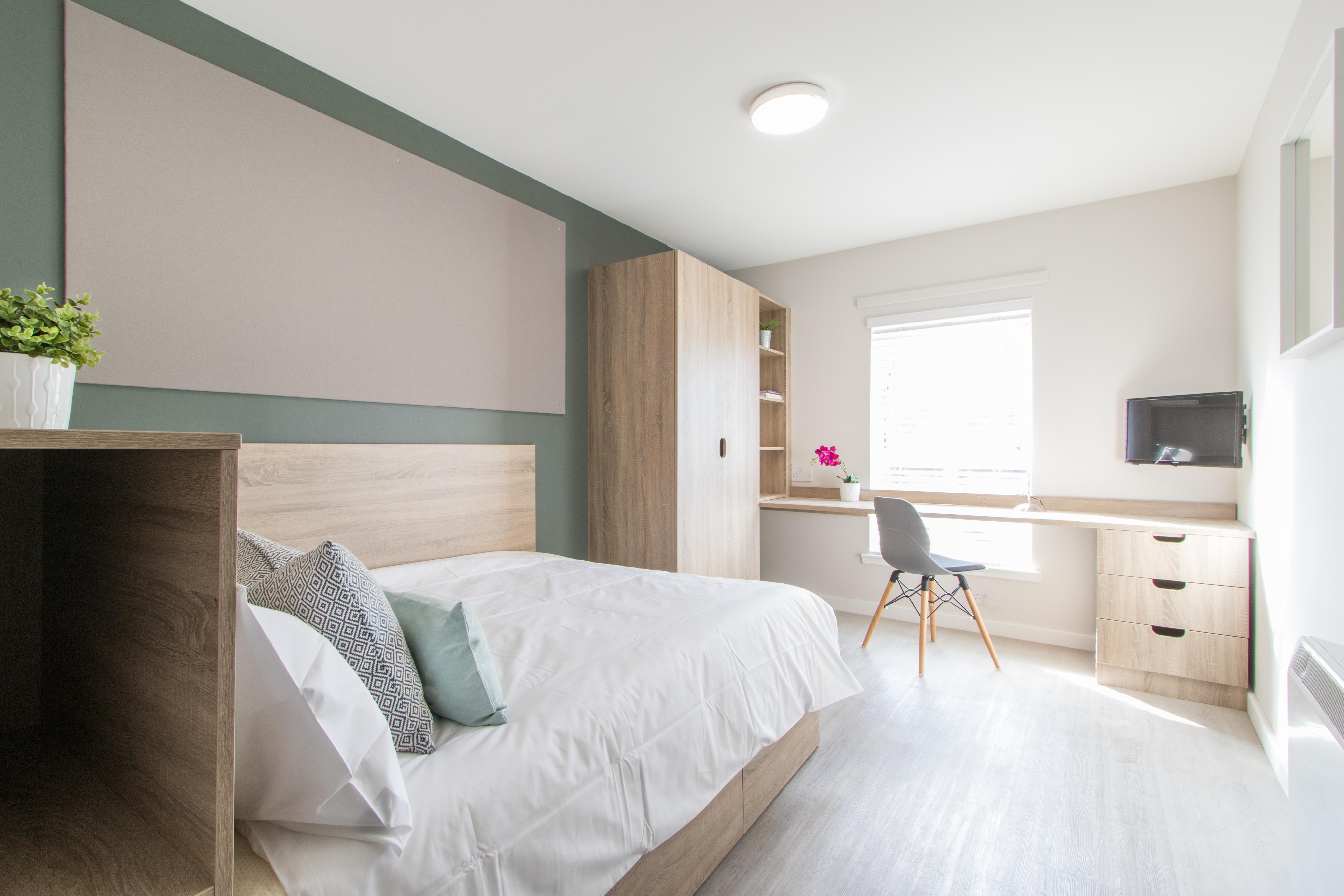 Flat 11, 6 Morrison Circus 4 Bedroom Student Flat ...