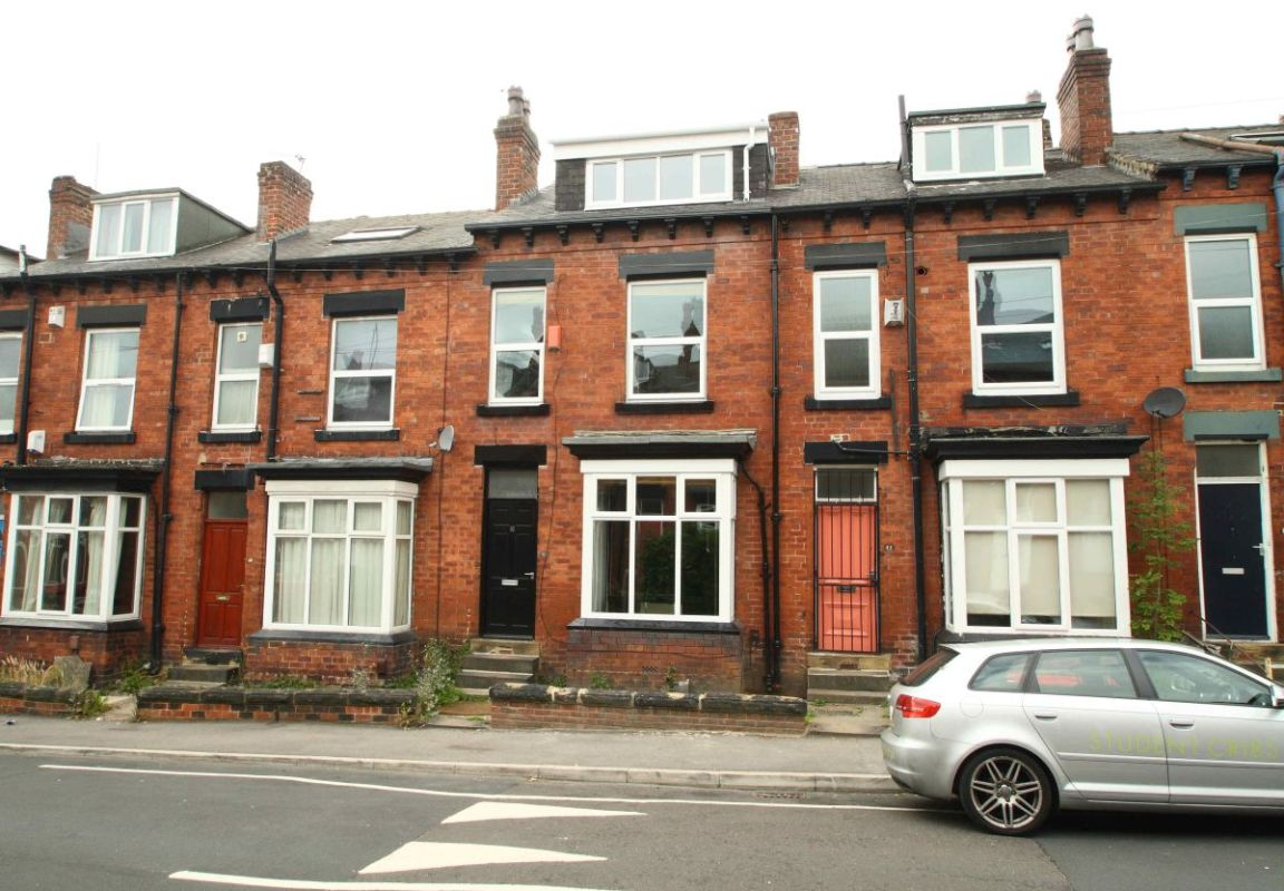 16 Norwood Place, Leeds