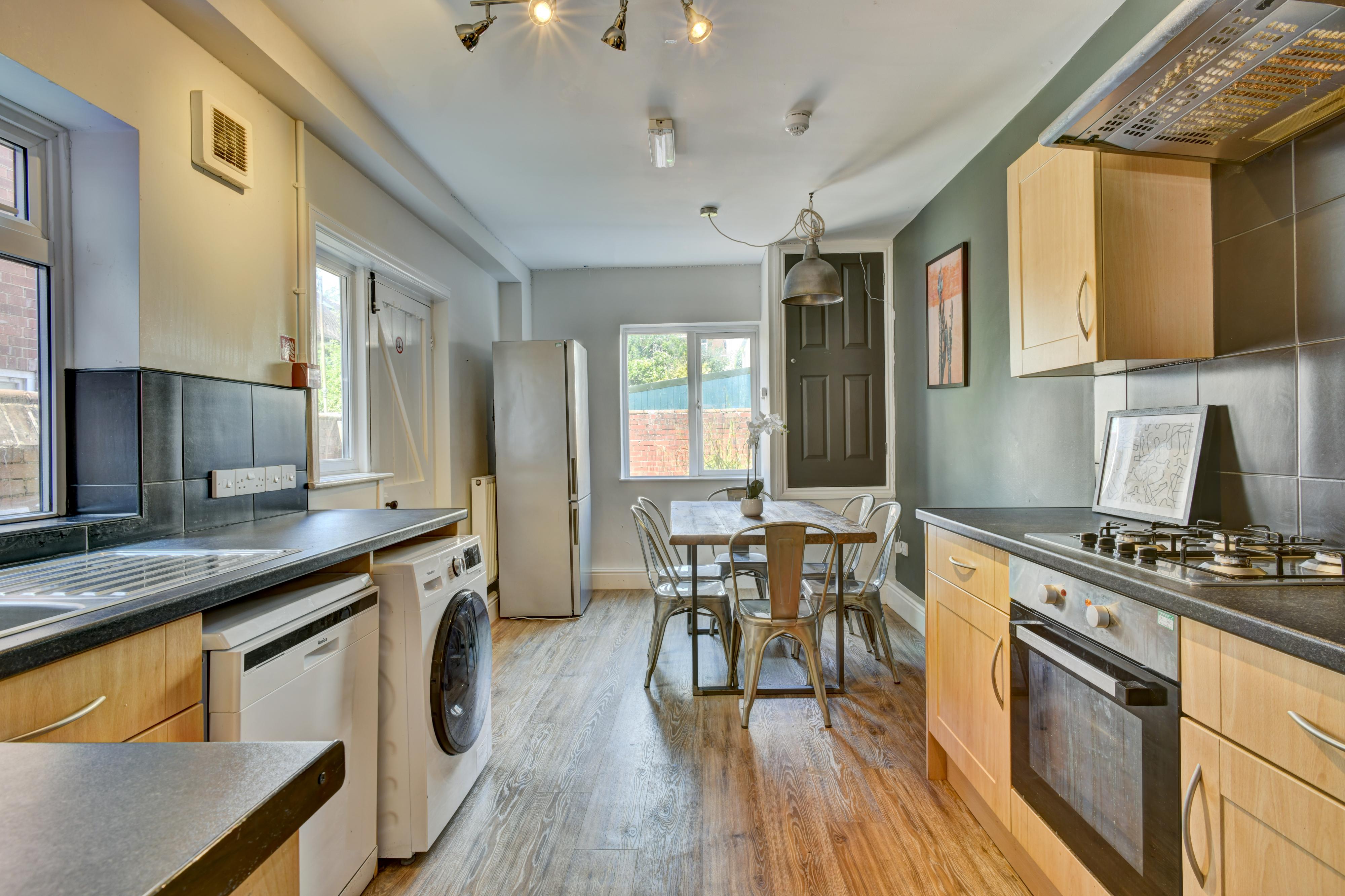 8 Wrentham Estate, Old Tiverton Road